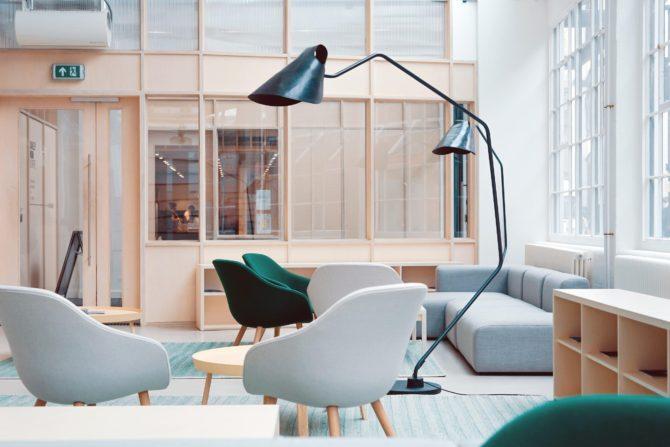 3 tips voor het inrichten van een loungeruimte op kantoor