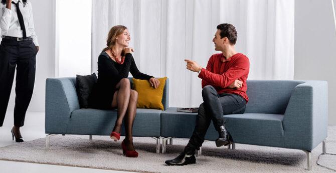 Flexibel en sociaal kantoormeubilair: wat is dat?